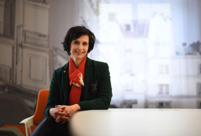 Manuela Roth